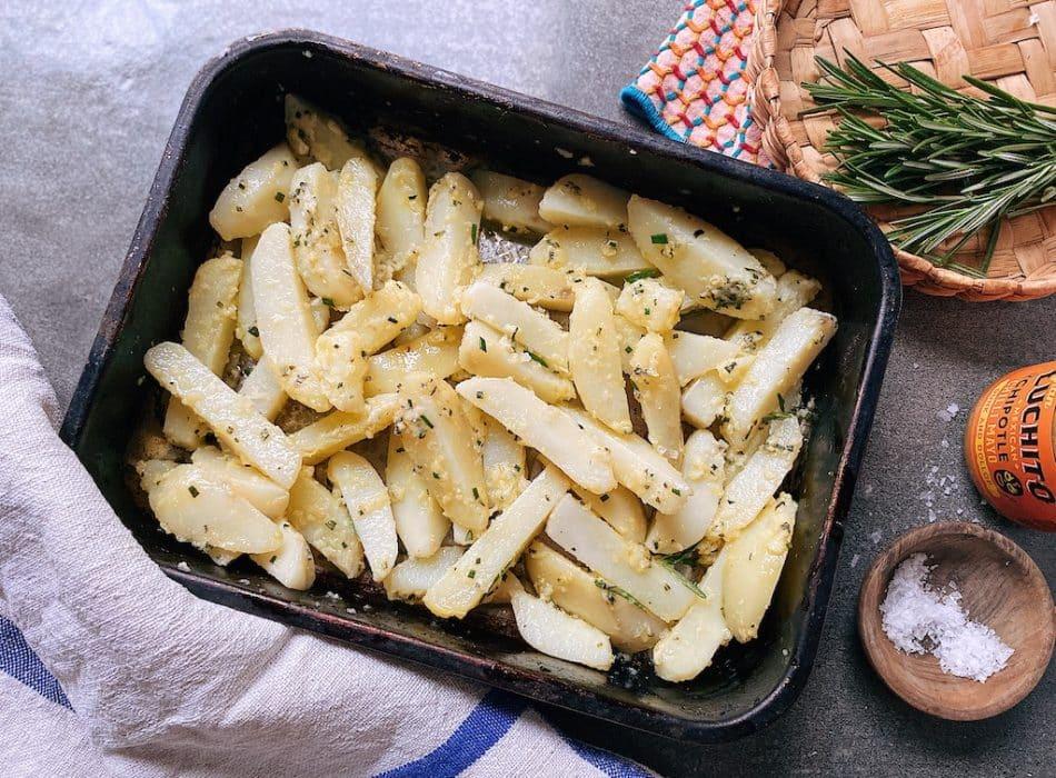 Crispy Homemade Chips prep step