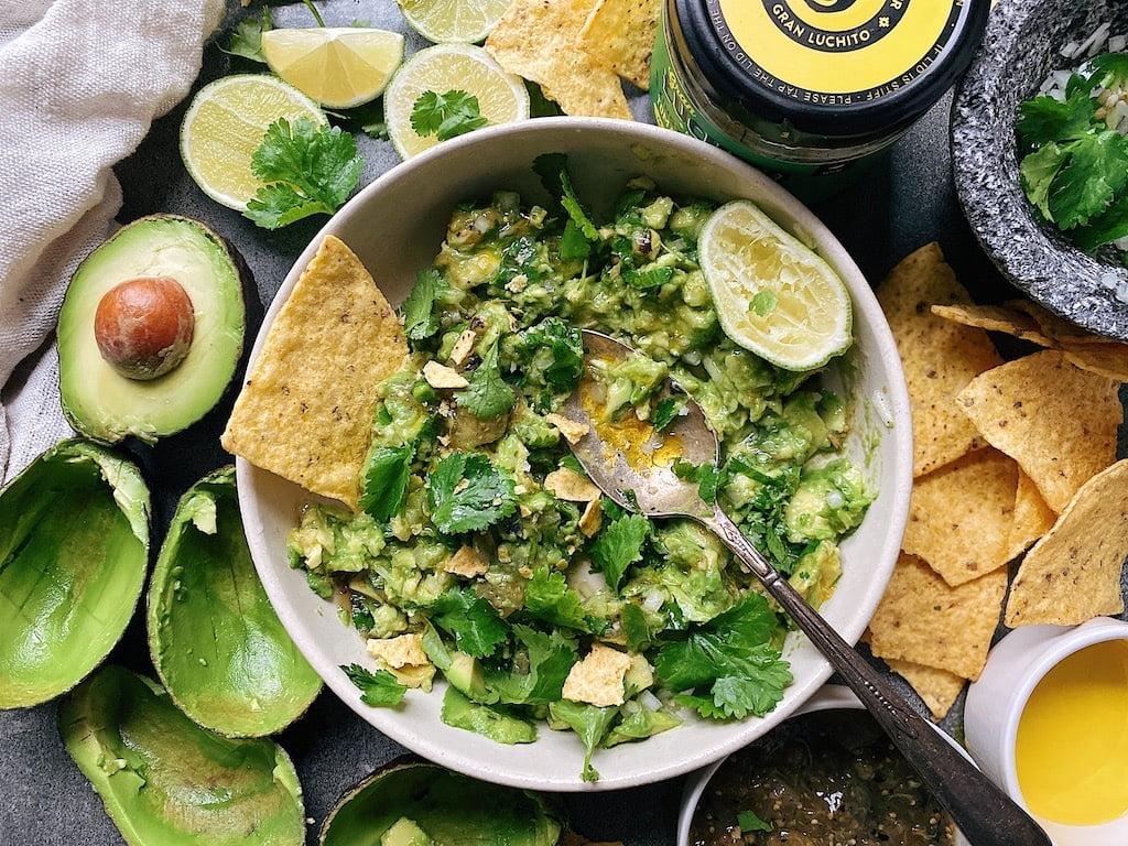 finished dish of guacamole