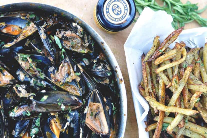 Chilli Mussels and Fries