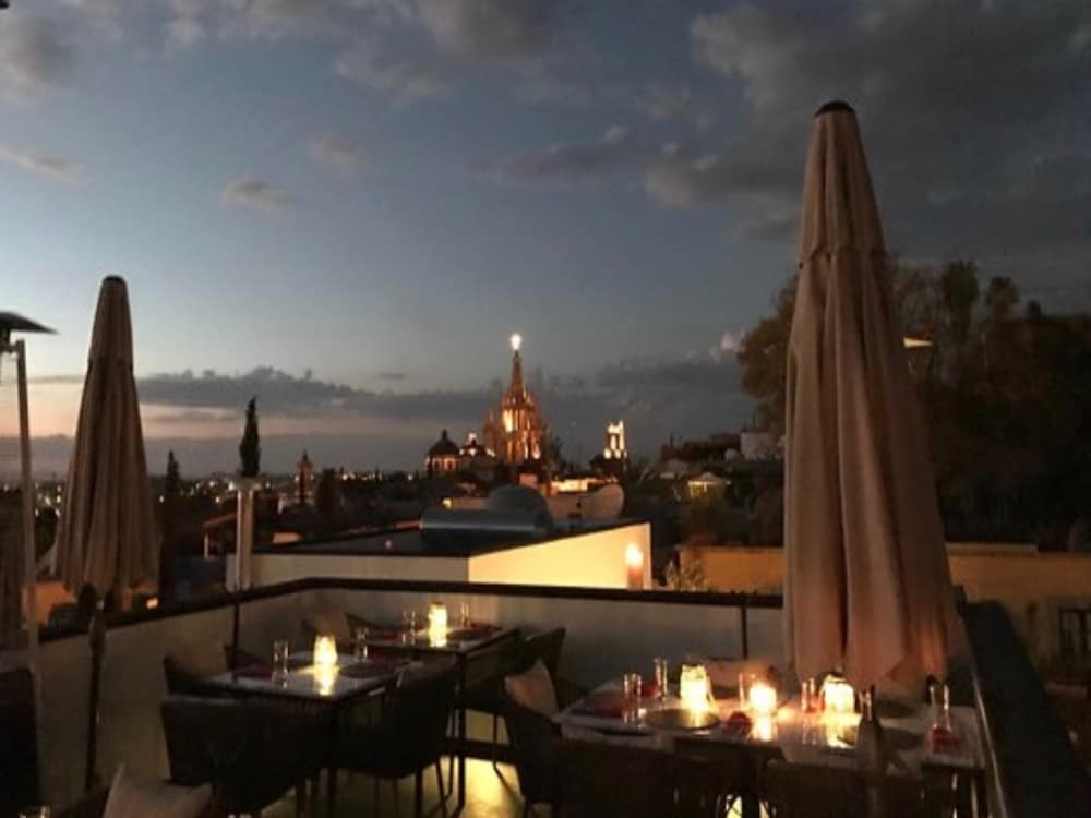 rooftop terrace restaurant Case Nostra