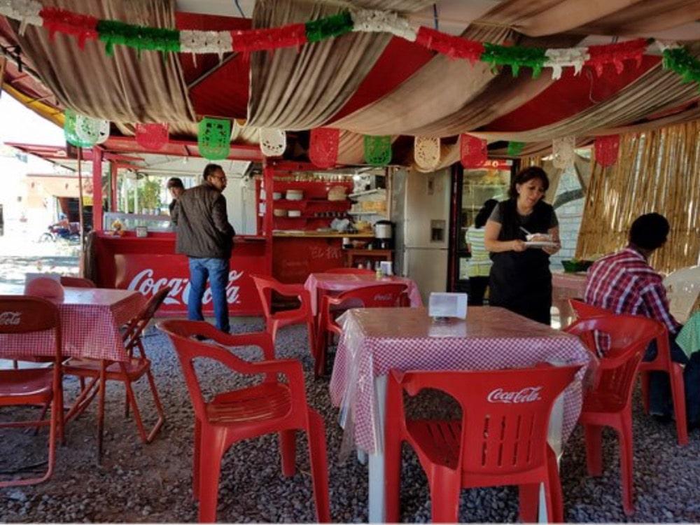 restaurant interior El Pato