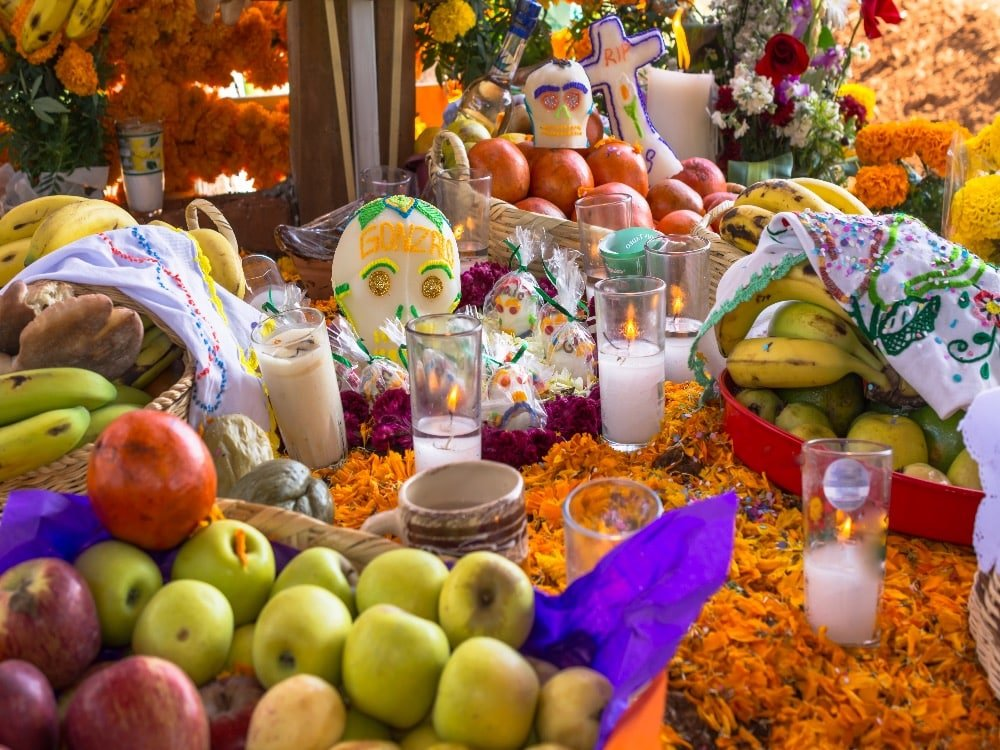 Alter decorated for Day of the Dead