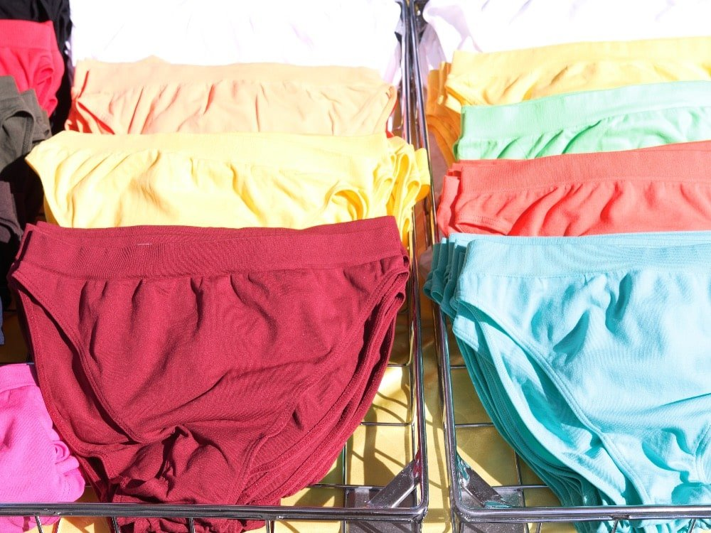 coloured knickers